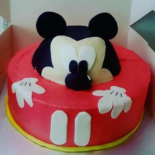 Mickey mouse customised cake