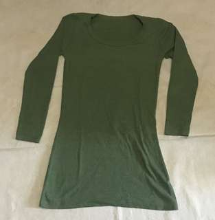 [GARAGE SALE] T-Shirt Long Sleeve Greenbohay