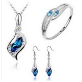 Crystal Chic Eye Drop Earrings Necklace Bracelet Set
