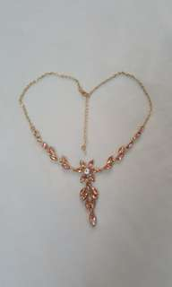 Rose pink flower bead gold chain necklace