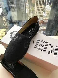 AUTHENTIC KENZO SLIP ON SIZE 37