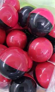 7cm special red/ black limited stock capsule balls