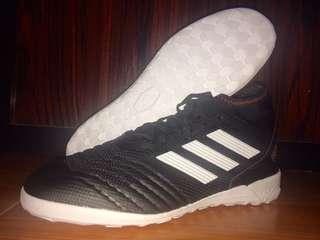 Sepatu Futsal Adidas Predator Tango 18.3