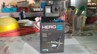 Gopro Hero 5 Black with SD Card and Accessories Included