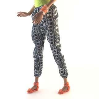 🚚 全新度假風芭比娃娃民族風造型長褲|Janet Style