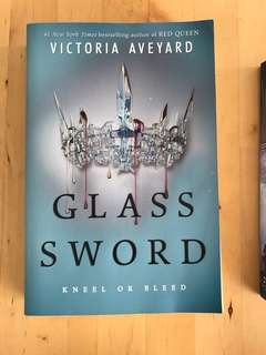 Glass Sword (Red Queen #2)