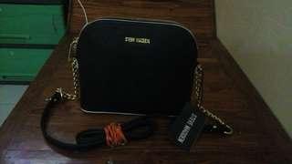 Repried!!! Steve Madden sling bag bnew sale!!!!