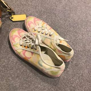 Limited Edition - Casual multi coloured 100% authentic coach