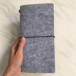 Instock - Felt cover traveller notebook planner