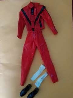 2 sets of Michael Jackson scale 1:6 Thriller & Dangerous costume set (Kit-Bashing)
