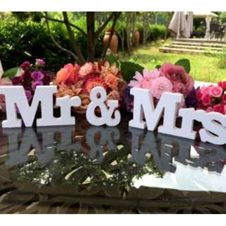 {PO} Mr & Mrs Decoration/ Stand
