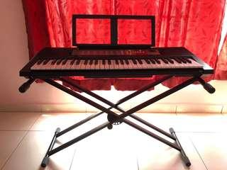 Yamaha piano keyboard PSR-F50