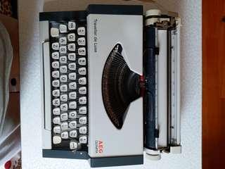 懷舊式手提打字机