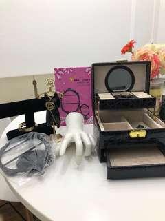 Jewelry Holders/box/display kits
