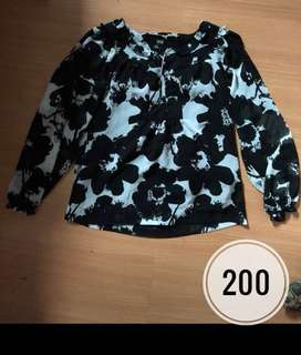 Black & White Floral Long sleeves