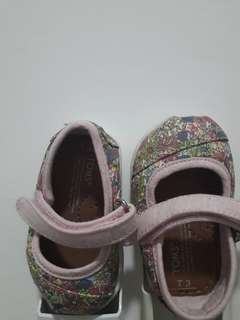 Pre-loved Toms baby shoes