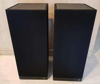 KEF 304 Speakers
