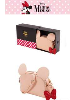 [PRE-ORDER] DISNEY MINNIE MOUSE SLING BAG