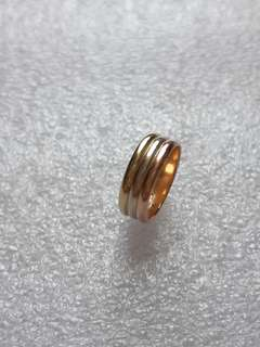 14k gold small finger ring