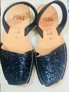 PONS Sandal size 39