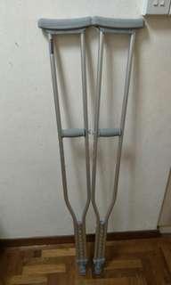 Hardly used crutches