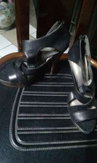 pre loved shoe wear