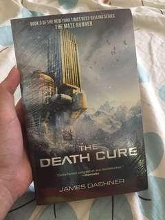 NOVEL MAZE RUNNER (The Death Cure)