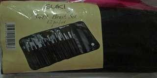 12 Make Up Brushs Set