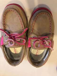 Sperry girls shoes us7 m