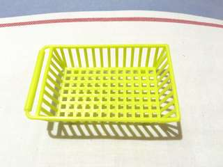 Small yellow tray 2