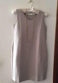 🚚 專櫃正品~Giordano Ladies 全新無袖奶茶色洋裝,0號