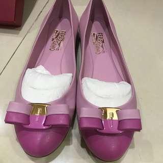 Ferragamo Varina Flats Size 38