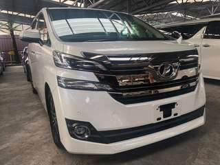 Toyota Vellfire 2.5 V 2015 Unregister  *Keyless go *2 power door *Power boot *Driver Side Electronic memory seat *Half leather seat *Reverse camera *Roof Monitor