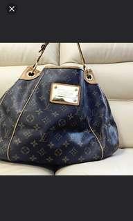 Louis VUITTON Hangbag 手袋