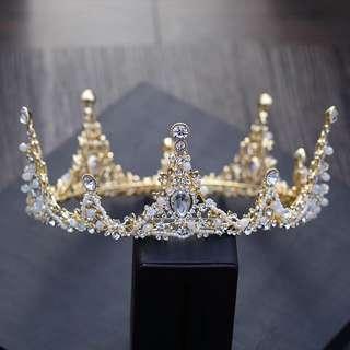 INSTOCK - Bridal golden crown/tiara