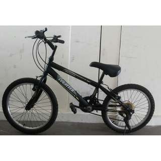 kids bike bicycle with gears Excellent like new condition New tyres and tubes