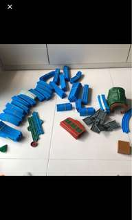 Thomas Track Bundle of 5