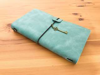 (Ocean green) Customisable Leather Travel Journal (Traveler's Notebook)