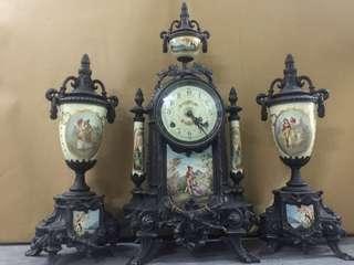Franz Hermle Mantle MOVEMENT CLOCK W/ PAIR URN