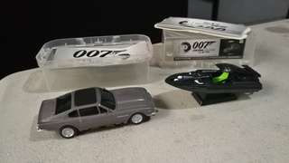 james bond collection aston martin v8 vintagE