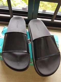 Zaxy slippers, US6