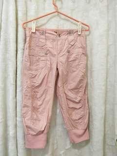 🚚 粉色縮口八分褲