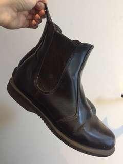 Pre Loved Dr Martens Flora black Chelsea boots UK 5 / AU 7