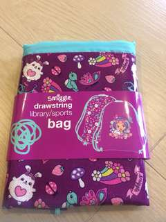 Brand new smiggle drawstring library/ sports bag