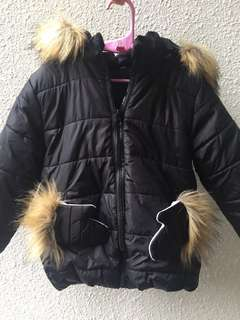 Preloved kid / girl's Winter Jacket for sale !