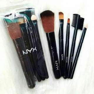 1 SET BRUSH NYX / BRUSH MAKE-UP
