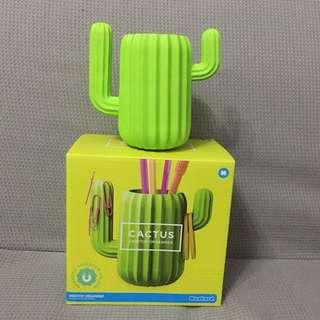 仙人掌筆座Cactus Desktop Organiser