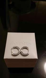 Real Pandora earrings耳環