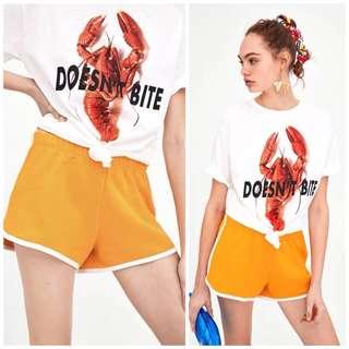 🚚 OshareGirl 04 歐美印花圖案短袖T恤上衣+彩色運動短褲套裝組
