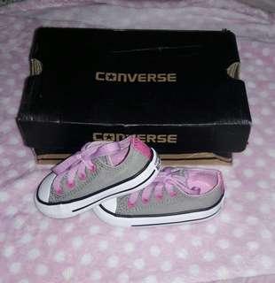 Converse size5